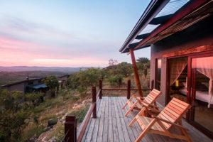 rr-bush-villa-deck
