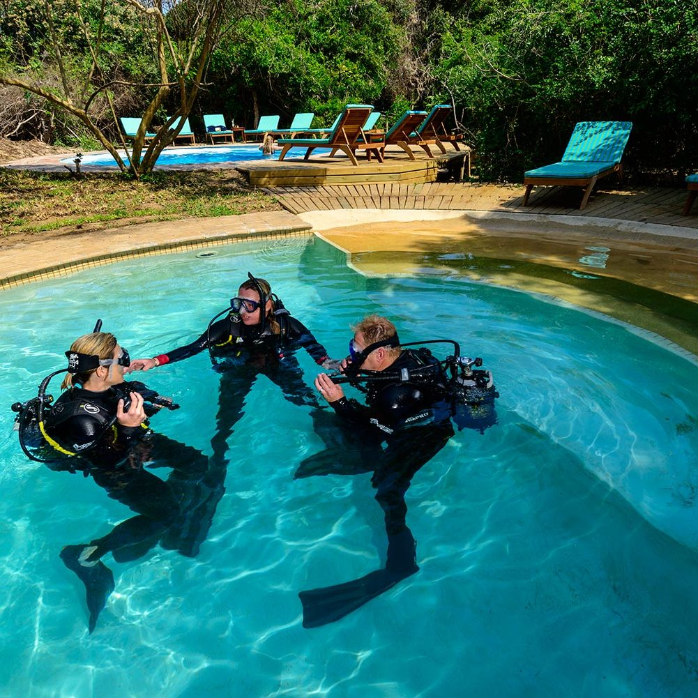 Luxury Dive Resorts - Scuba Lessons