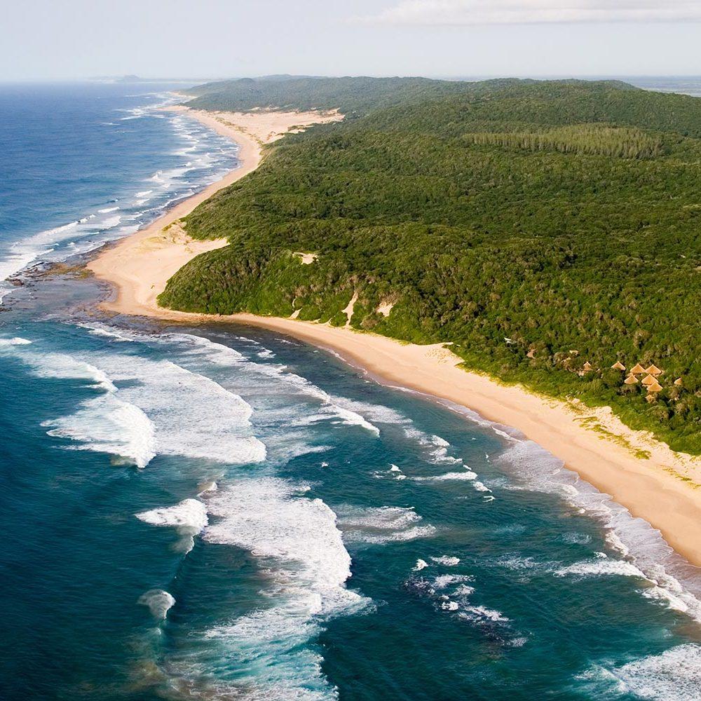 Beach Lodge - Thonga Beach Aerial View